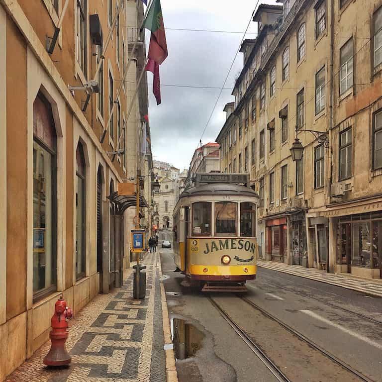 Lisbona, come organizzare un viaggio in città