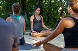 Favignana, ritiro di yoga sociale